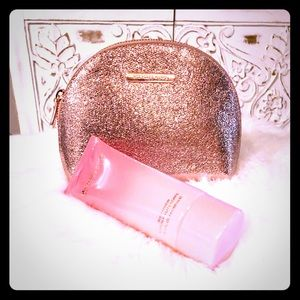 Michael Kors Cosmetic Bag With Body Lotion 🌟